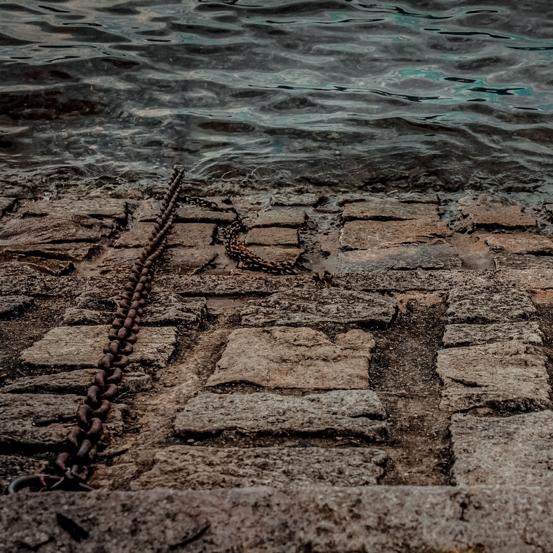 lago-di-lecco-paricolare-porto-catena